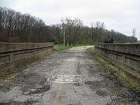 USA - Carlinville IL - Closed 1920 Bridge South of Town 3 (10 Apr 2009)